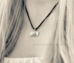 Pamela-Topping-Photographer-Camera-Love-Necklace-3